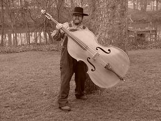 Big, Heaby upright bass
